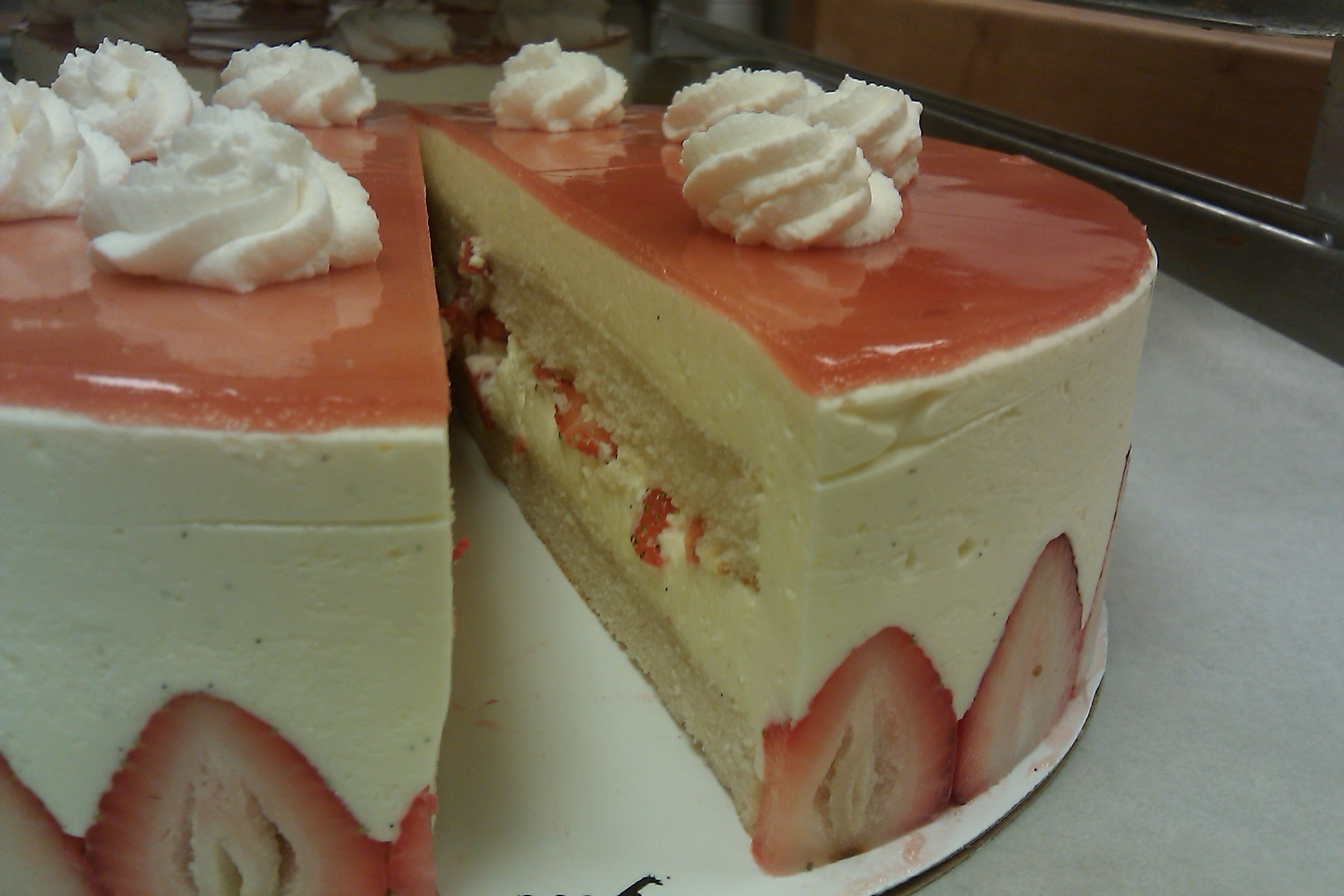 Strawberry Bavarian Cream Cake Filling