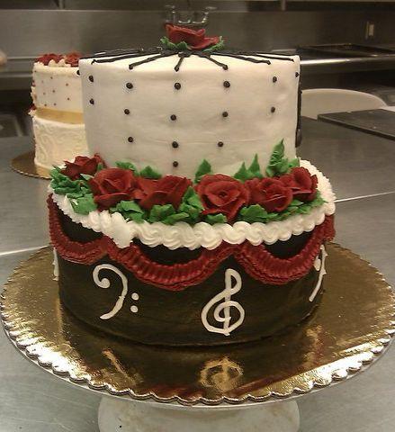 Cake Decorating Ideas Piano : Kat s Sweet Somethings